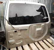 Крышка багажника на Mitsubishi pajero3